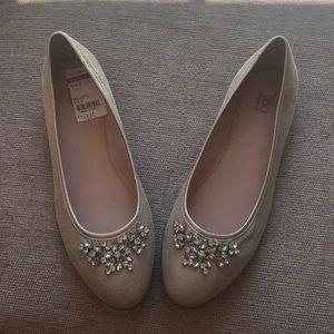 Easy Spirit dressy flat shoes